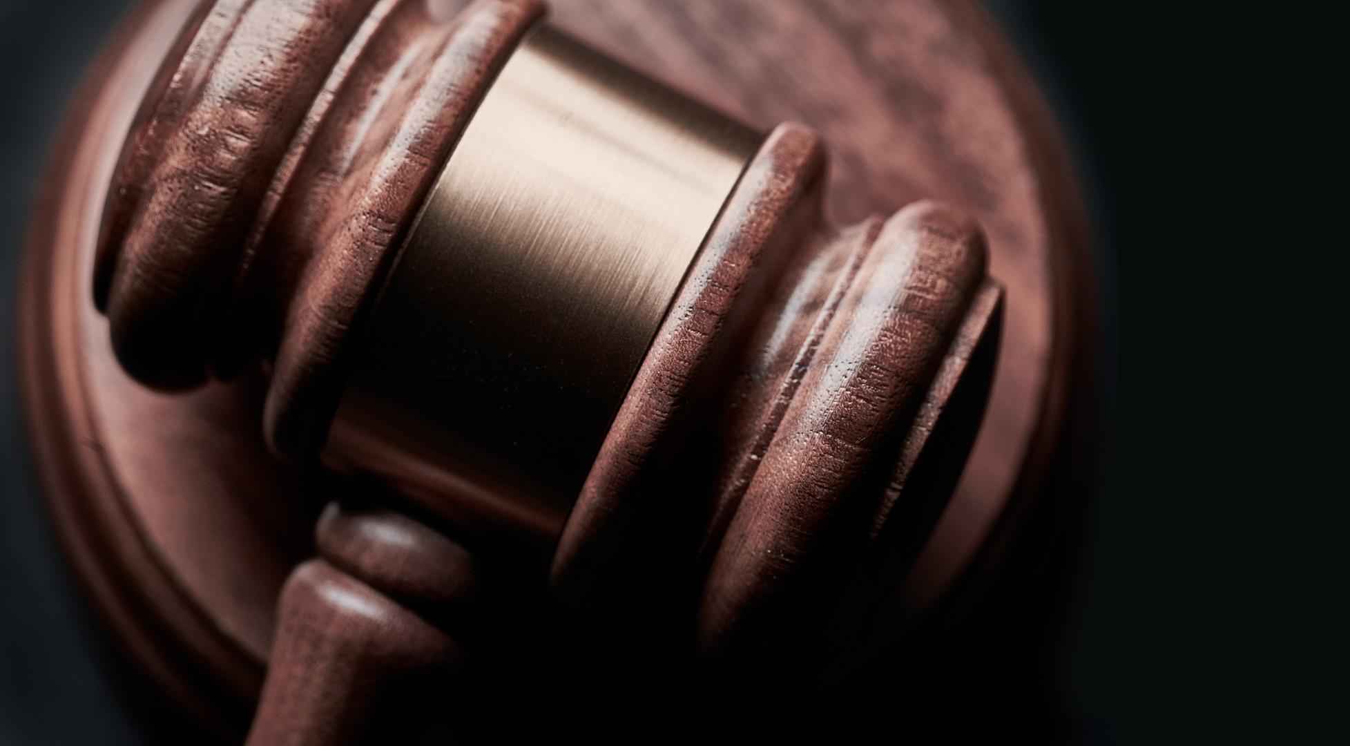 judge-gavel-large-min.jpg